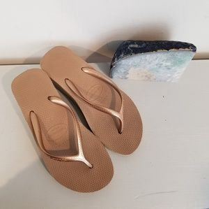 Shoes - Havaianas wedge flip flops nude 37